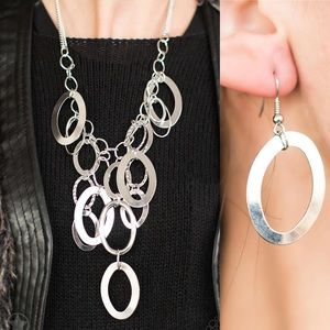 Silver Hoop Necklace Set